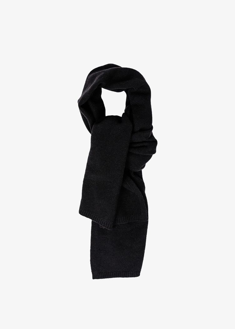 """Product image for """"Knitted Scarf Black"""""""