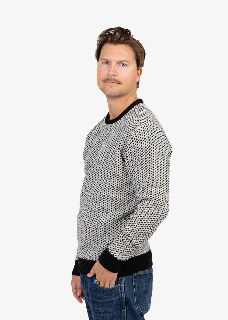 "Secondary product image for ""Sven-Bertil Stickad Tröja"""