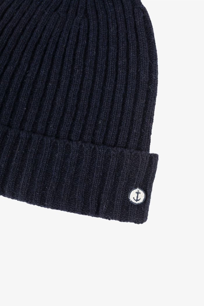 "Secondary product image for ""Stickad Mössa Marinblå"""