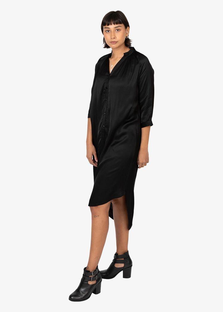 """Secondary product image for """"Marie Skjortklänning Svart"""""""