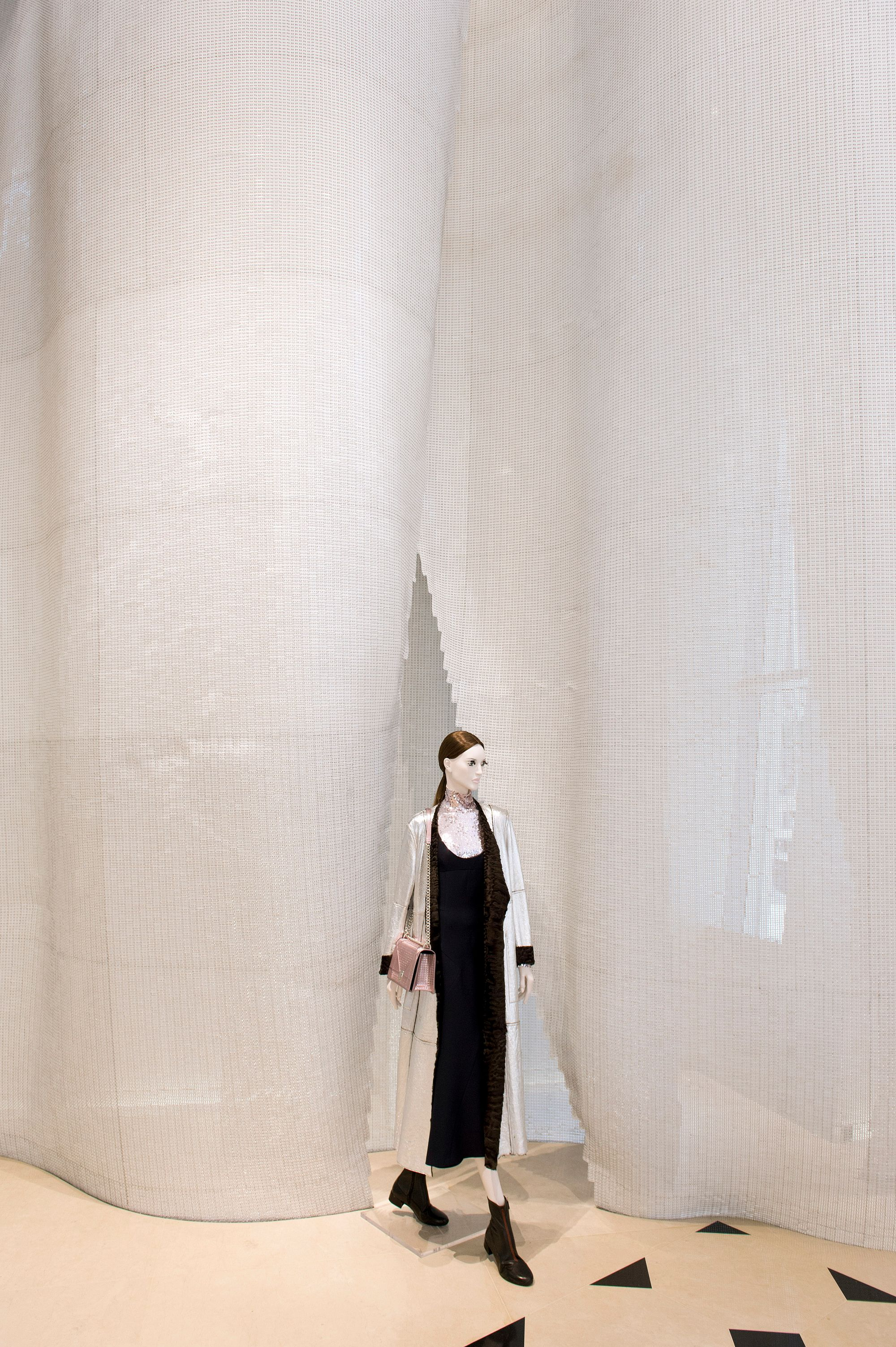 Dior Seoul, Luc Castel