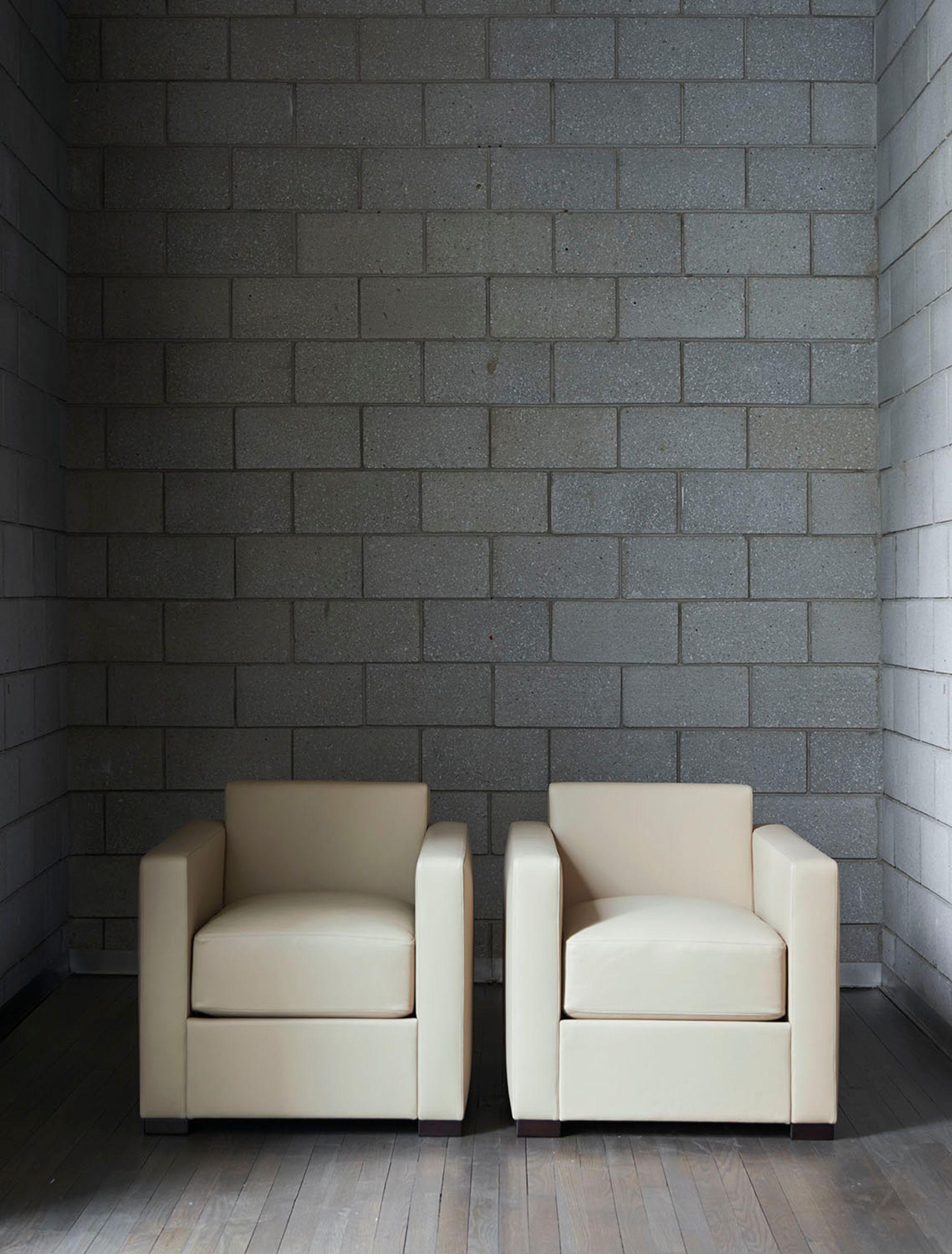 Project Image for Linea A with Poltrona Frau
