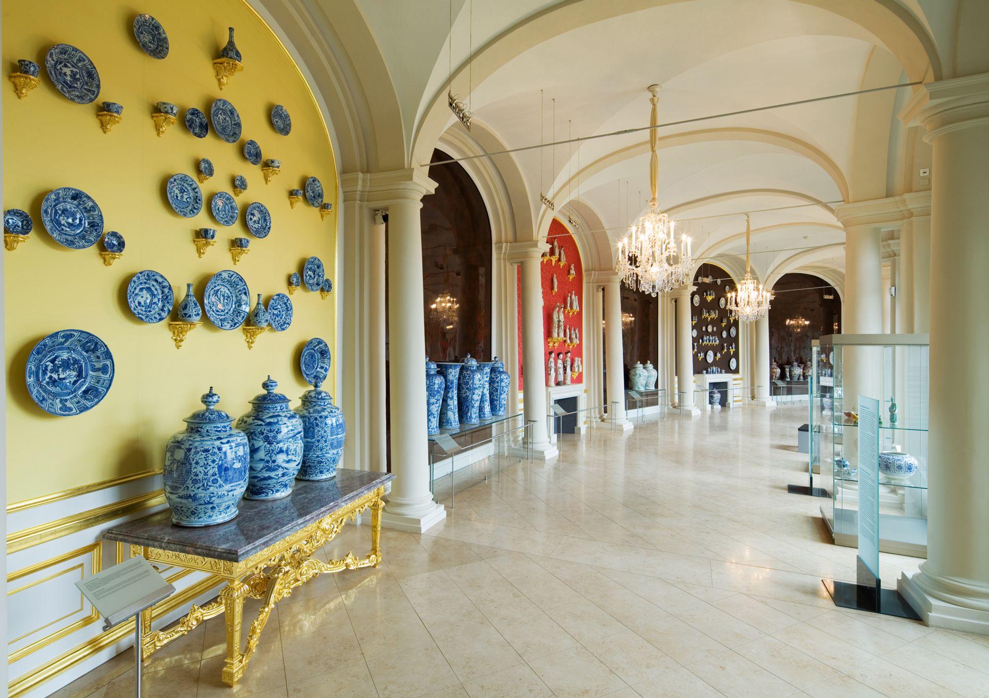 Oriental Gallery, Zwinger Porcelain , Jurgen Losel