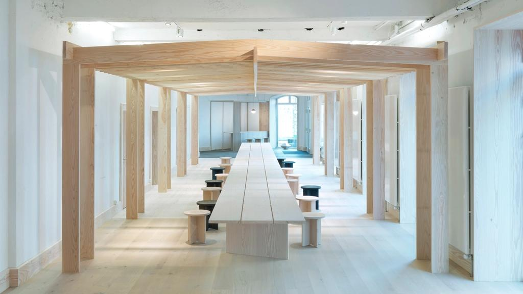 Douglas pavillon and Douglas long table at Dinesen Showroom, Copenhagen