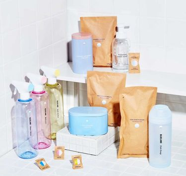 3 refillable cleaning bottles,Foaming Hand Soap, laundry tablets, dishwasher tablets, Powder Dish Soapon white tile