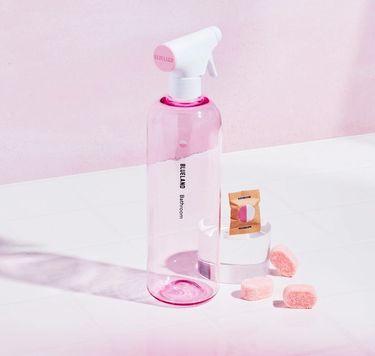 Blueland Bathroom Starter Set: 1 refillable cleaning bottle 3 tablets