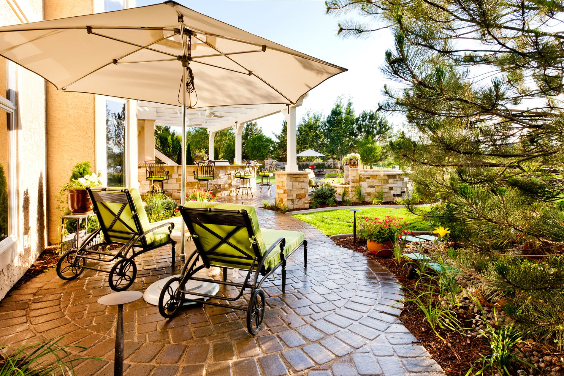 Paver Patio Outdoor Living Space