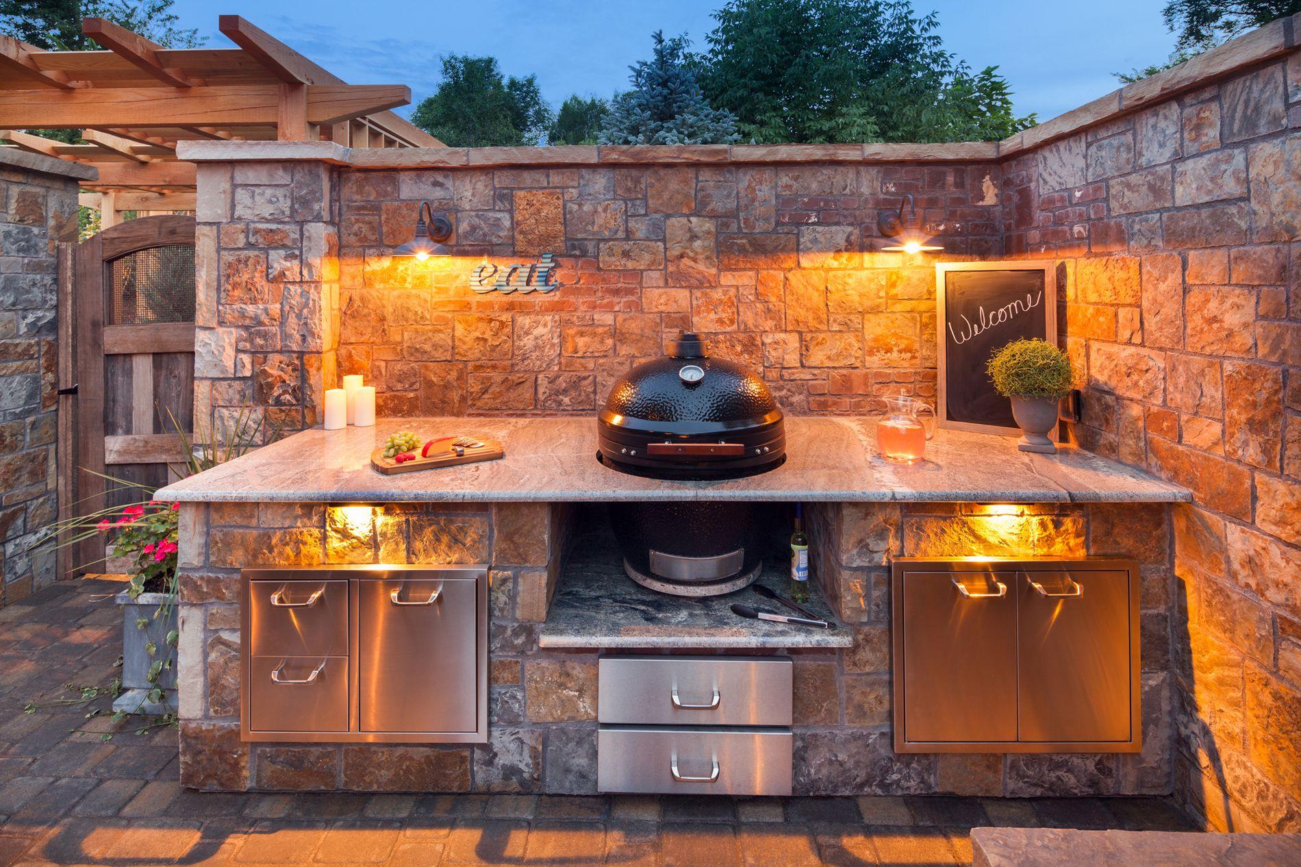 built in Kamado Joe grill with granite counter tops