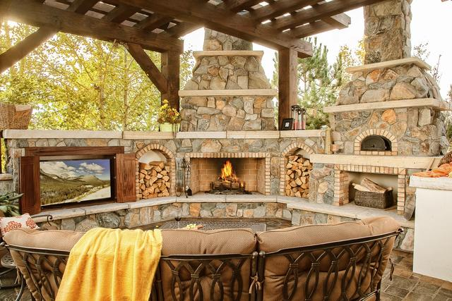 Wood Burning Outdoor Fireplace with Pizza Oven & Television