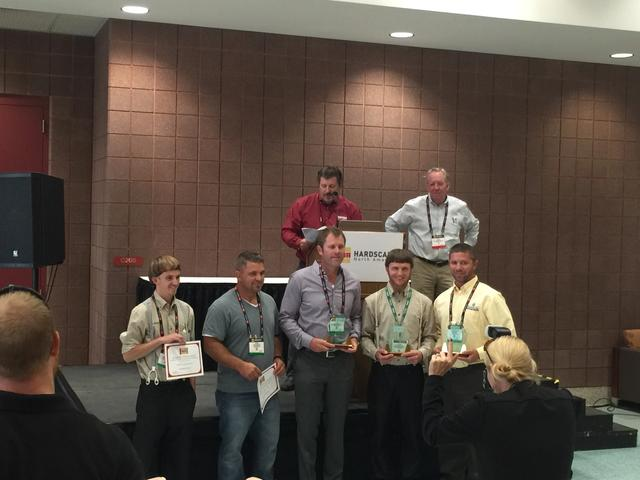 Tim Lindgren receives HNA award