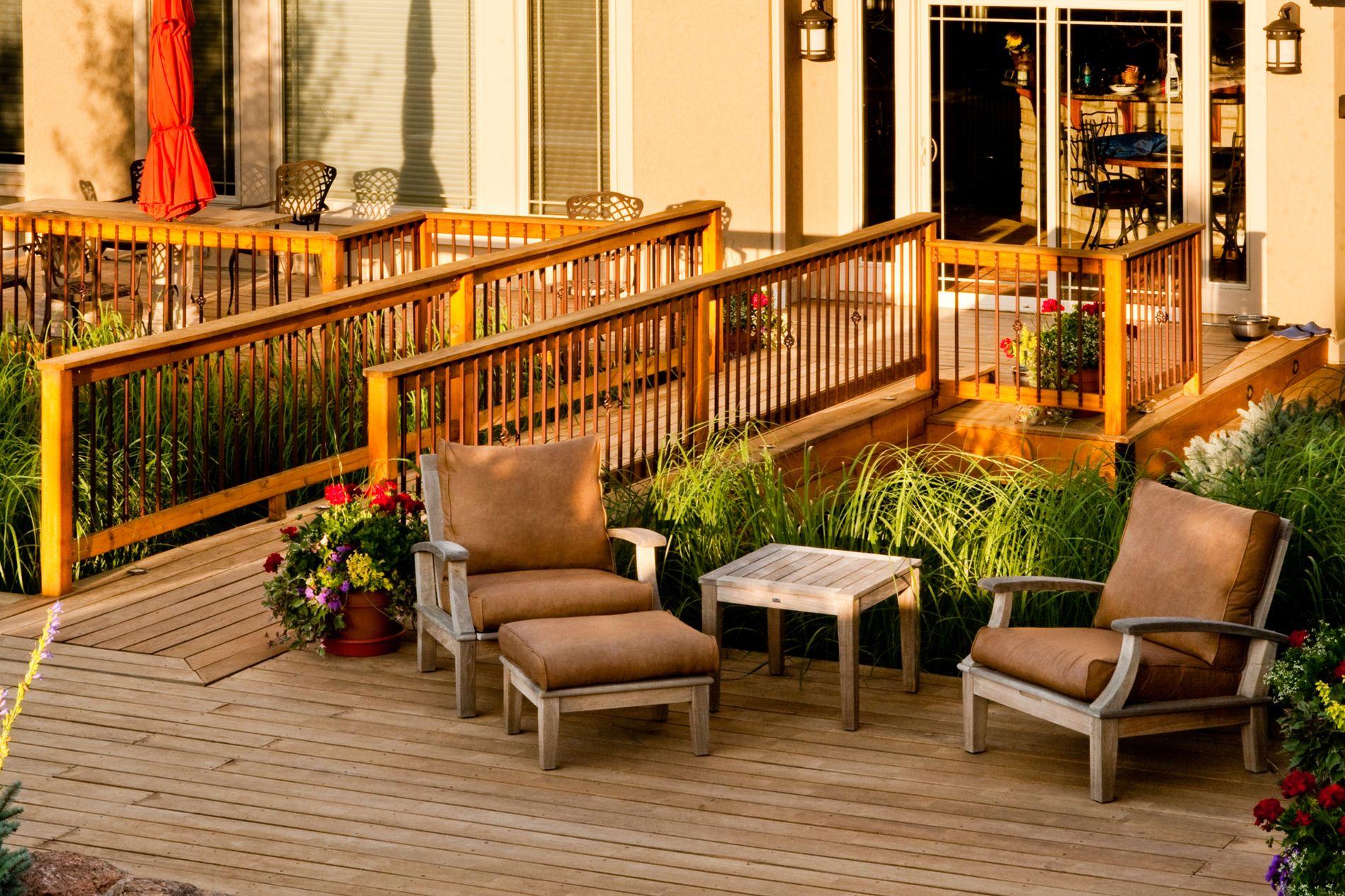 Wood deck with bridge