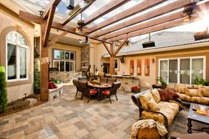 Outdoor living courtyard patio