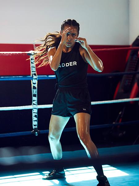 seniesa action shot in boxing ring