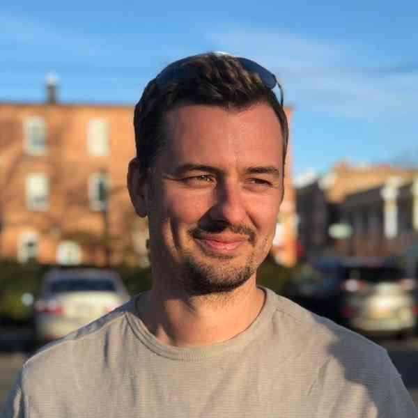 Photo of Jamie Talbot