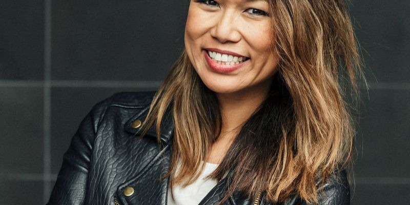 Growing Your Side Hustle - Rube Lee - Image - Podcast - She Mentors