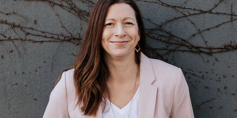 How To Have Difficult Conversations at work - Leisa Molloy - Business Psychologist - Podcast - Image - She Mentors