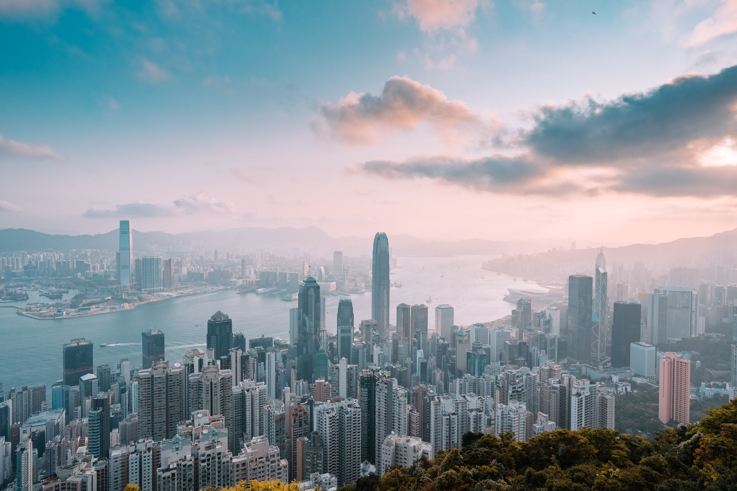 A morning view of hongkong skyline from the peak