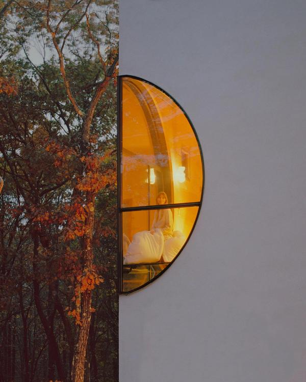 Buffy_Steven Holl (Photo)
