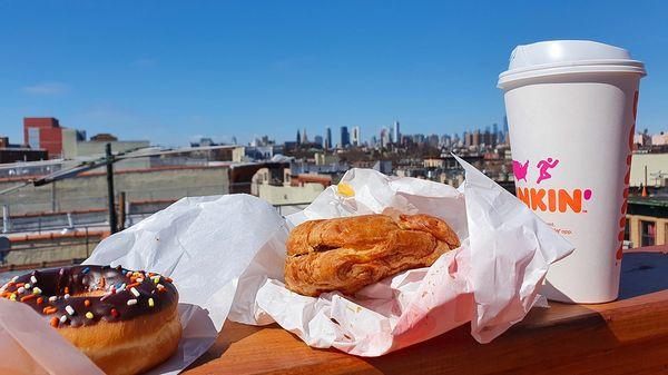 US Breakfast on Brooklyn rooftop