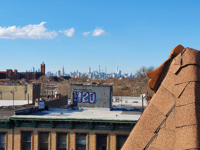 Manhattan seen from Brooklyn rooftop