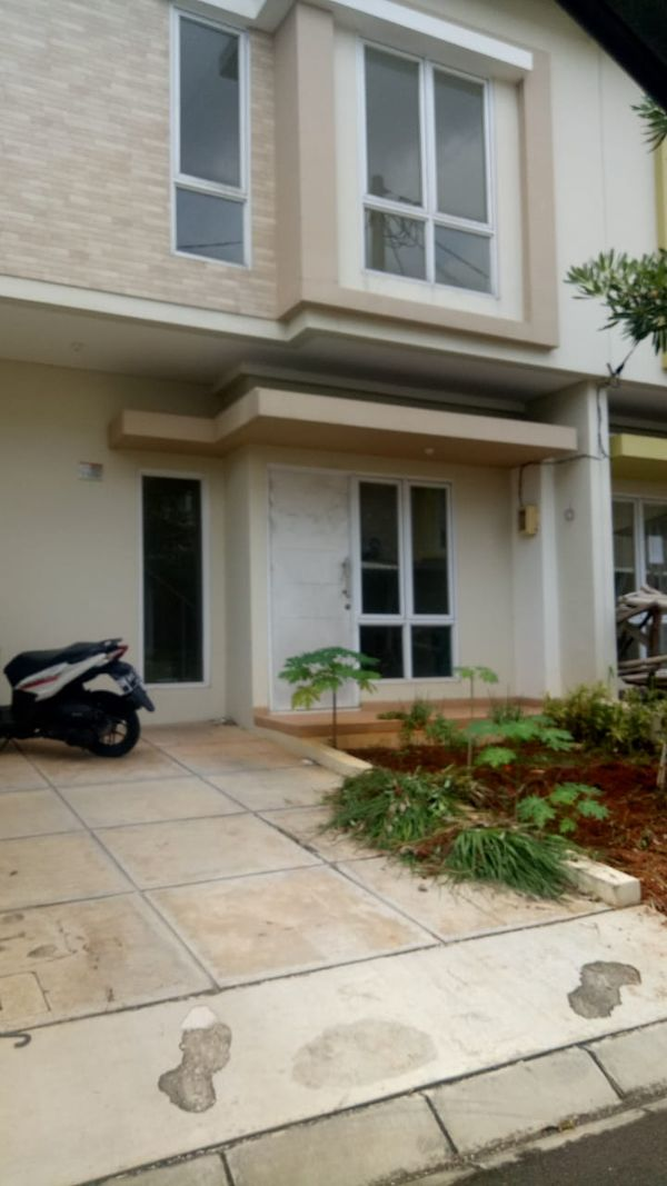 Rumah cluster di Serpong Paradise City Tangerang