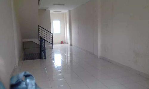 Ruko 3 lantai strategis pinggir jalan di Pondok Aren Jakarta Selatan