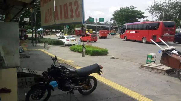 Kios murah siap pakai Ciracas Pasar Rebo Jakarta Timur