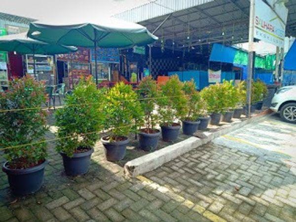 Lapak usaha kuliner murah di Pasar Minggu Jakarta Selatan