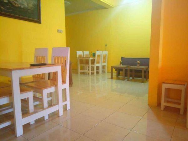 Lapak kuliner lengkap bulanan termasuk booth di Gandaria Jakarta Selatan