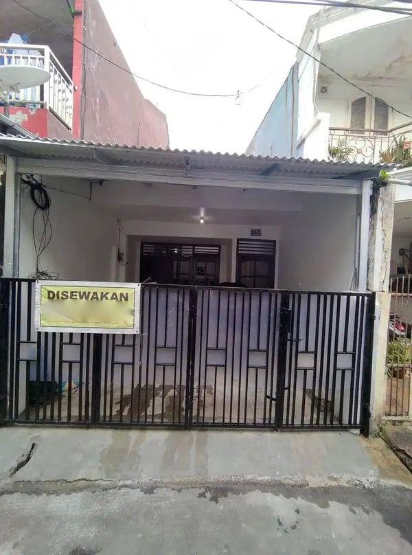 Rumah 2 lantai di Tebet Jakarta Selatan untuk tempat usaha