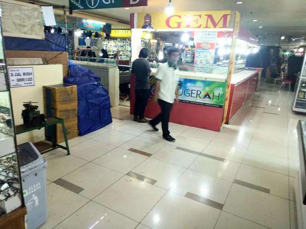Disewakan kios lapak usaha di Blok M Square Jakarta Selatan