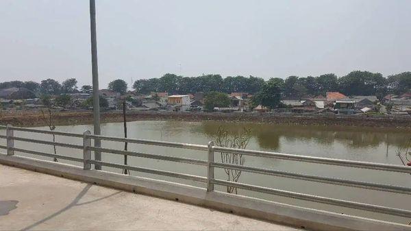 Kios strategis Apartemen Lagoon Betos Bekasi