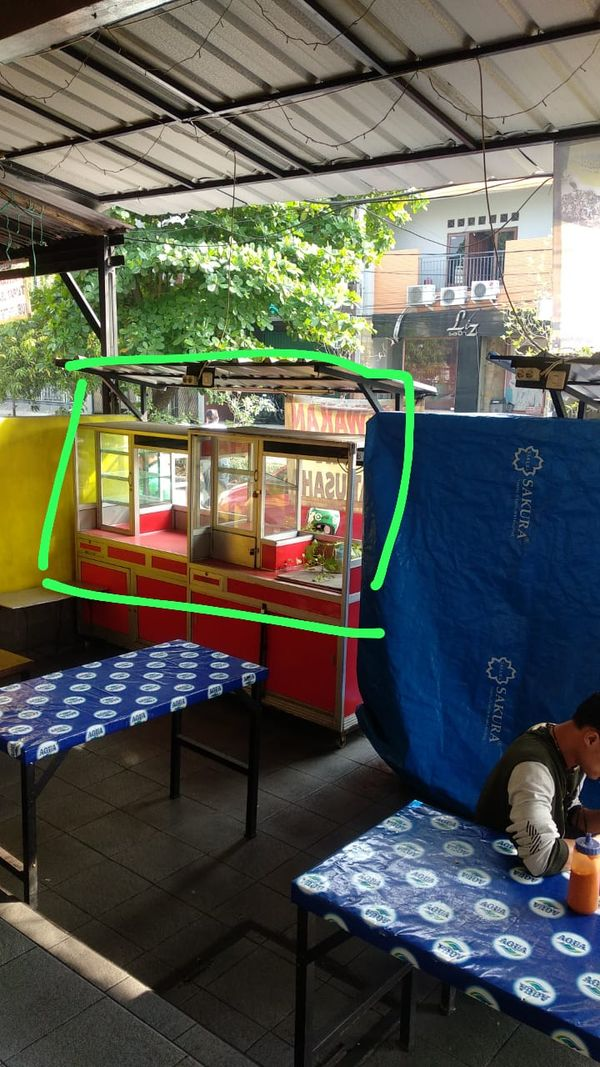 Lapak usaha kuliner murah di Kelapa Gading Jakarta Utara