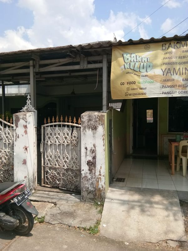 Kios tempat usaha murah bulanan di Jatibening Bekasi