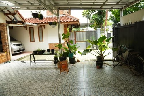 Lapak usaha kuliner murah bulanan di Bintaro Jakarta Selatan