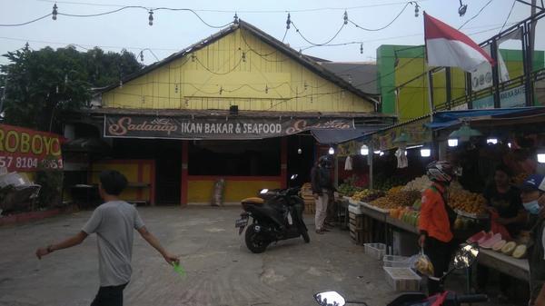 Sewa ruang kantor atau gudang di Lenteng Agung Jakarta Selatan