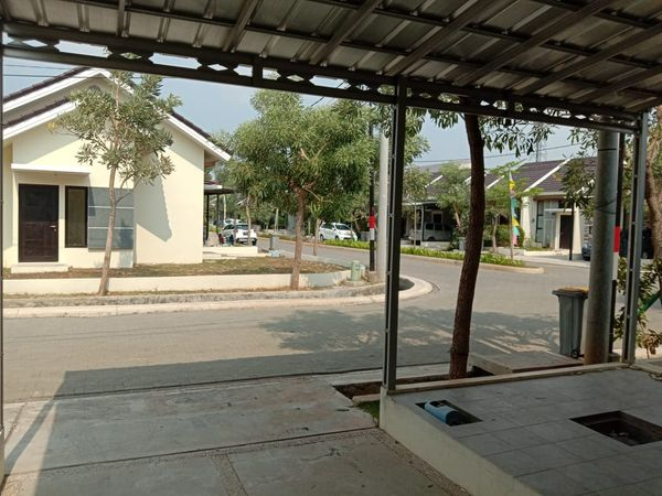 Rumah disewakan di Setia Asih Bekasi Utara