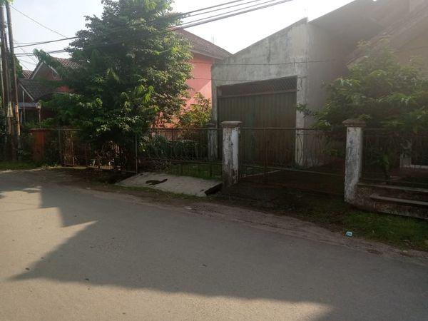 Gudang garasi di Gunung Putri Bogor
