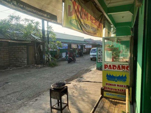Disewakan kios usaha strategis di Cikarang Bekasi