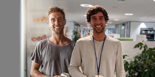 Als Digital Nomad in Bali (links) en als werknemer op kantoor in Nederland (rechts)