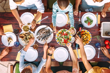 8 Tips to Improve Your Family's Eating Habits card image