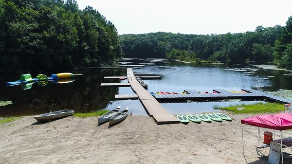 photo of Camp Laurelwood's boating lake