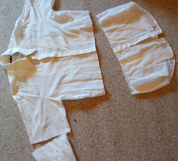 oppklippet hvit herreskjorte