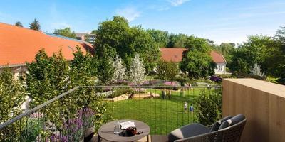 Utsikt fra hagebalkong i Fridas hage