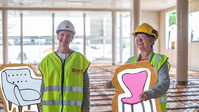 Sofie Hjertvik og Wigdis Strøm Kalsås fra Fretex