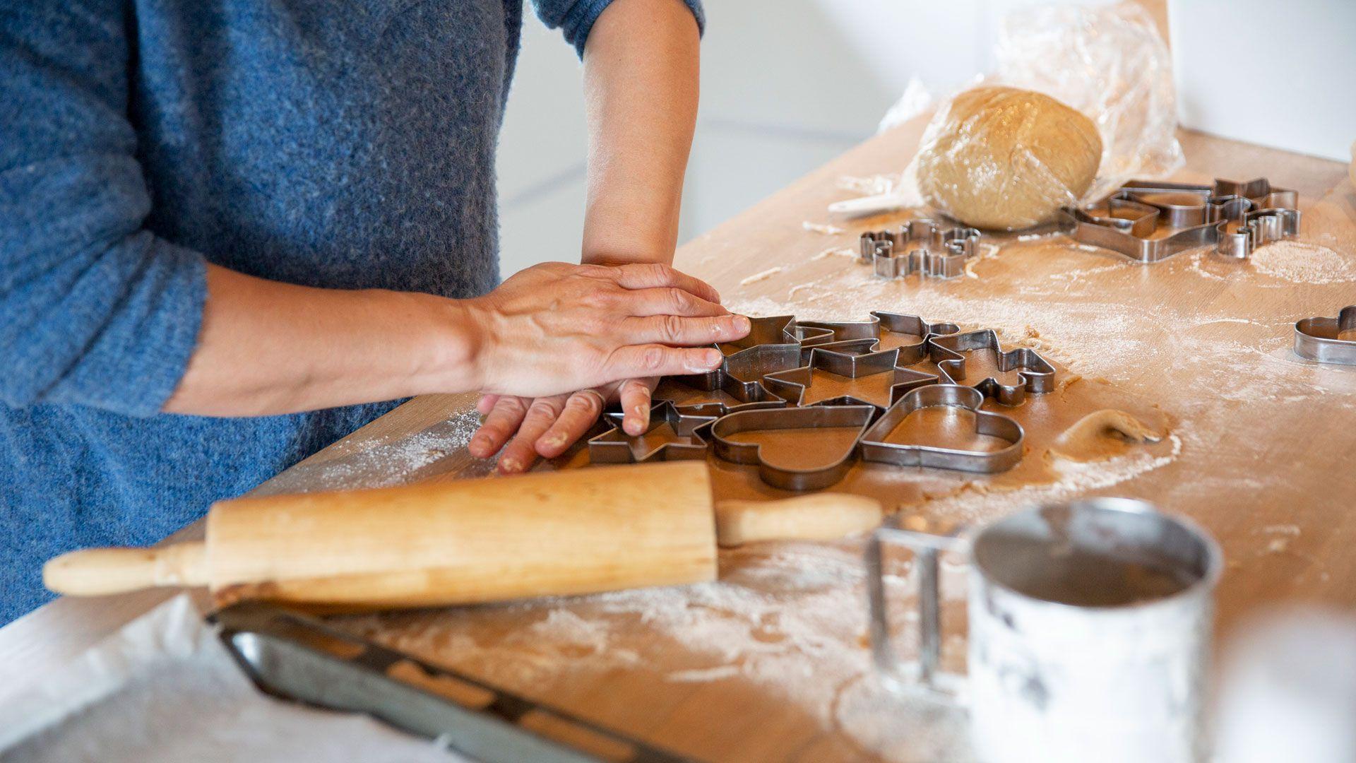 Helga som baker