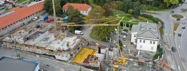 Tidlig i byggearbeidet for Fridas hage i Hillevåg