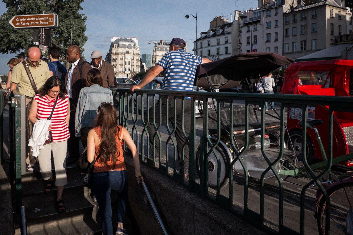 Eingang zur Pariser Metro