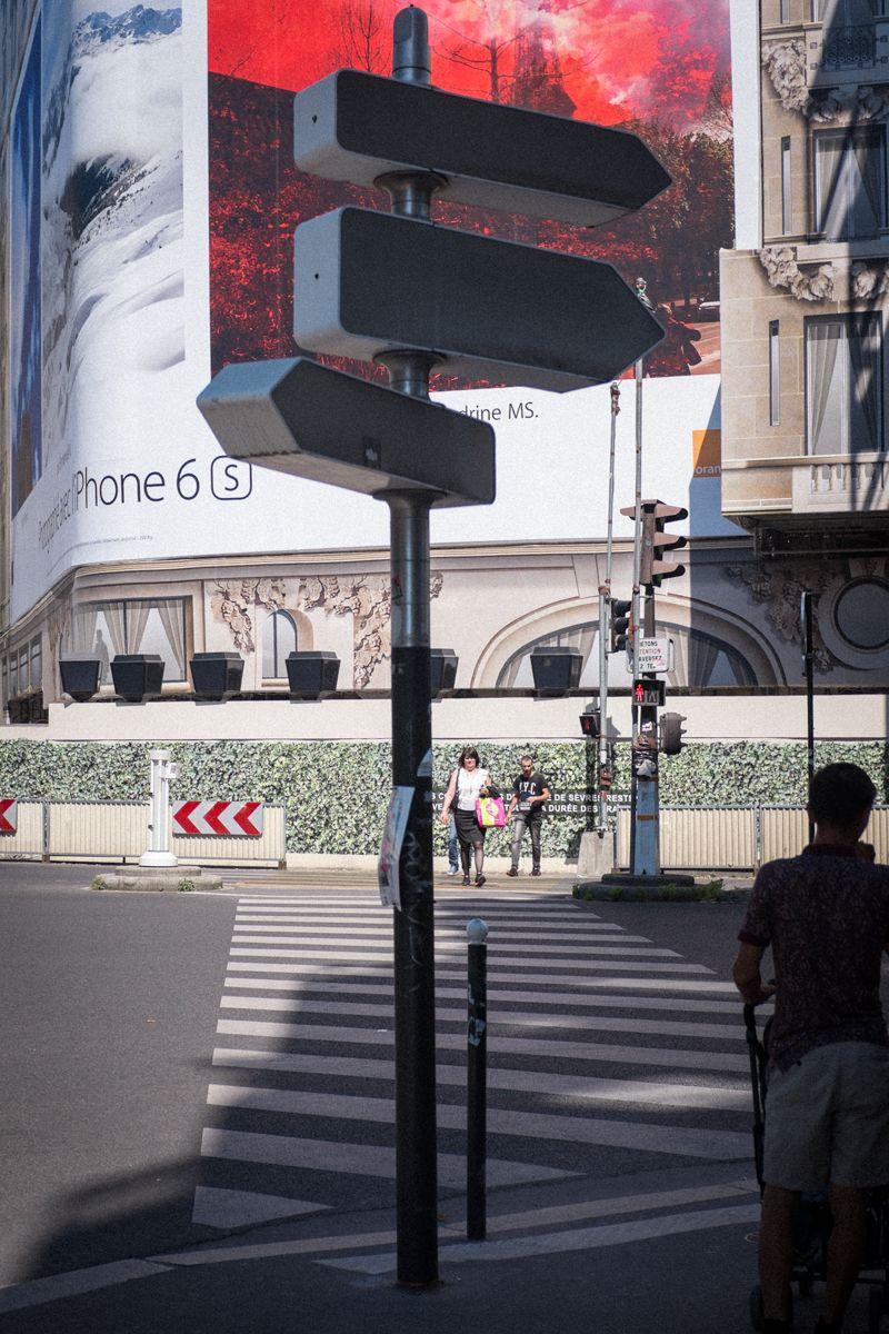 iPhone Werbung in Paris