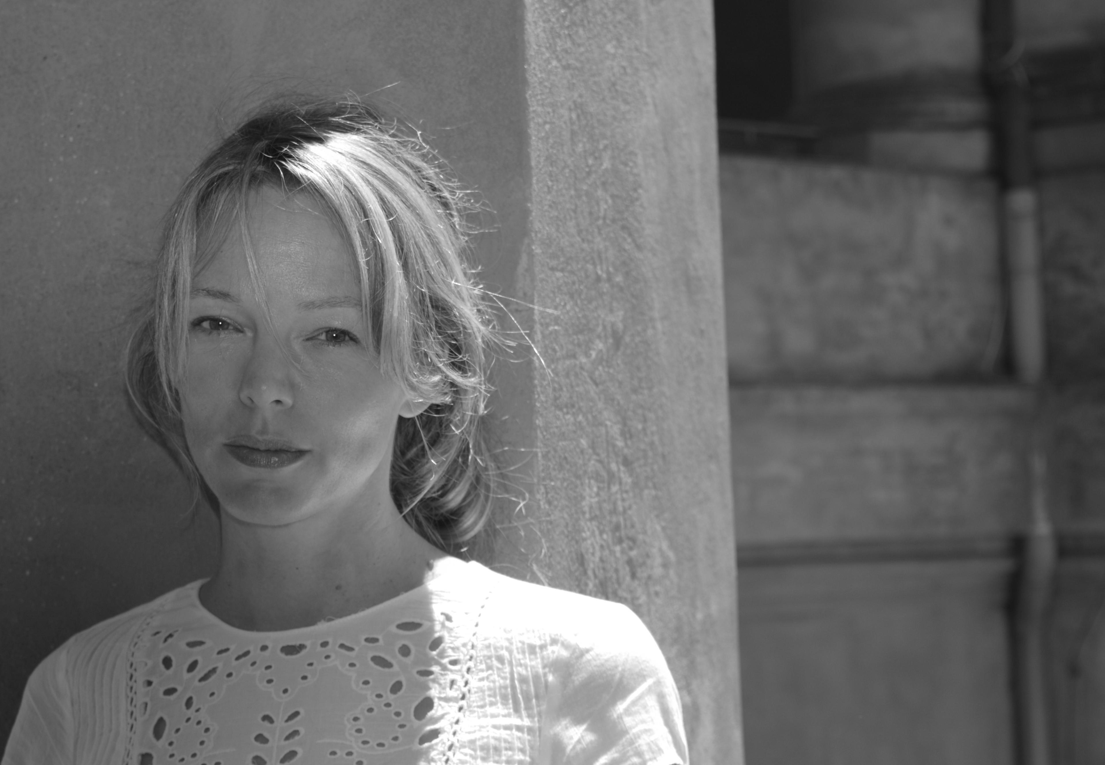 Svenske Lina Wolff har blitt hyllet av kritikerne for romanene Kjøttets tid og De Polyglotte elskerne, som hun fikk den høythengende Augustprisen for.